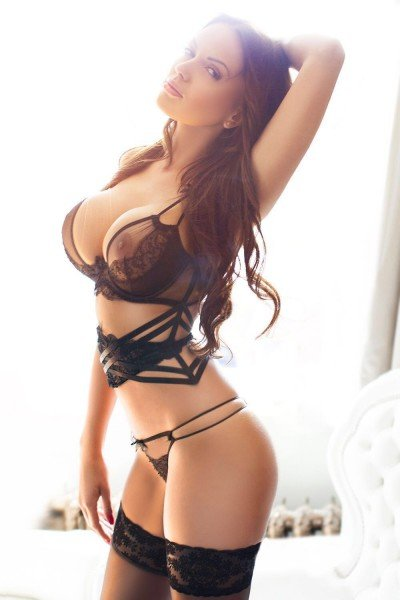 Angelina Sexy Busty 34DD Slim Bayswater Escort in London
