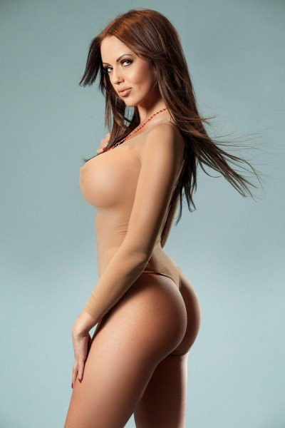 Angelina 34DD Bayswater Escort in London