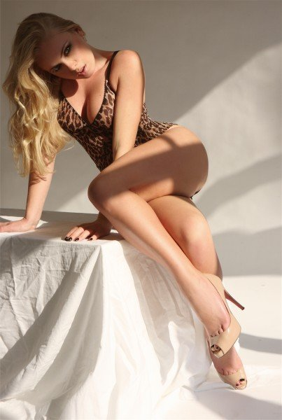 Kirsty 34B Blonde and Slender Model and Gloucester Road Escort in London