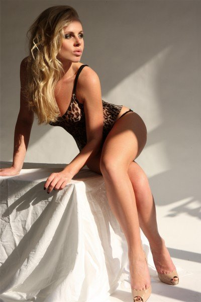 Kirsty Blonde Model and Gloucester Road Escort in London