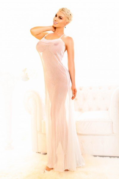 Nicky Earls Court Escort in London