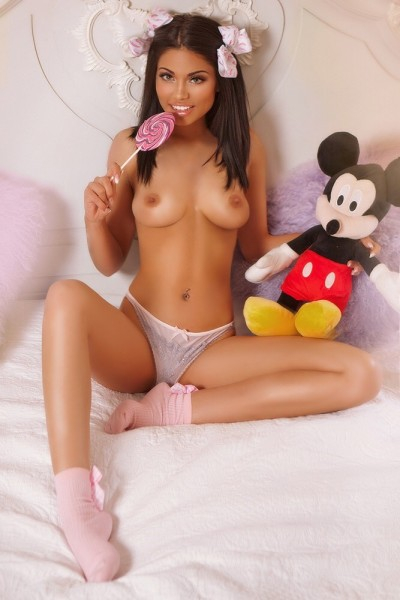 Abigail Sexy Brunette 34B Marble Arch Escort in London