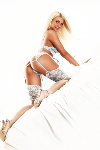 Annay 34B Slim and Slender Blonde Mayfair Escort in London