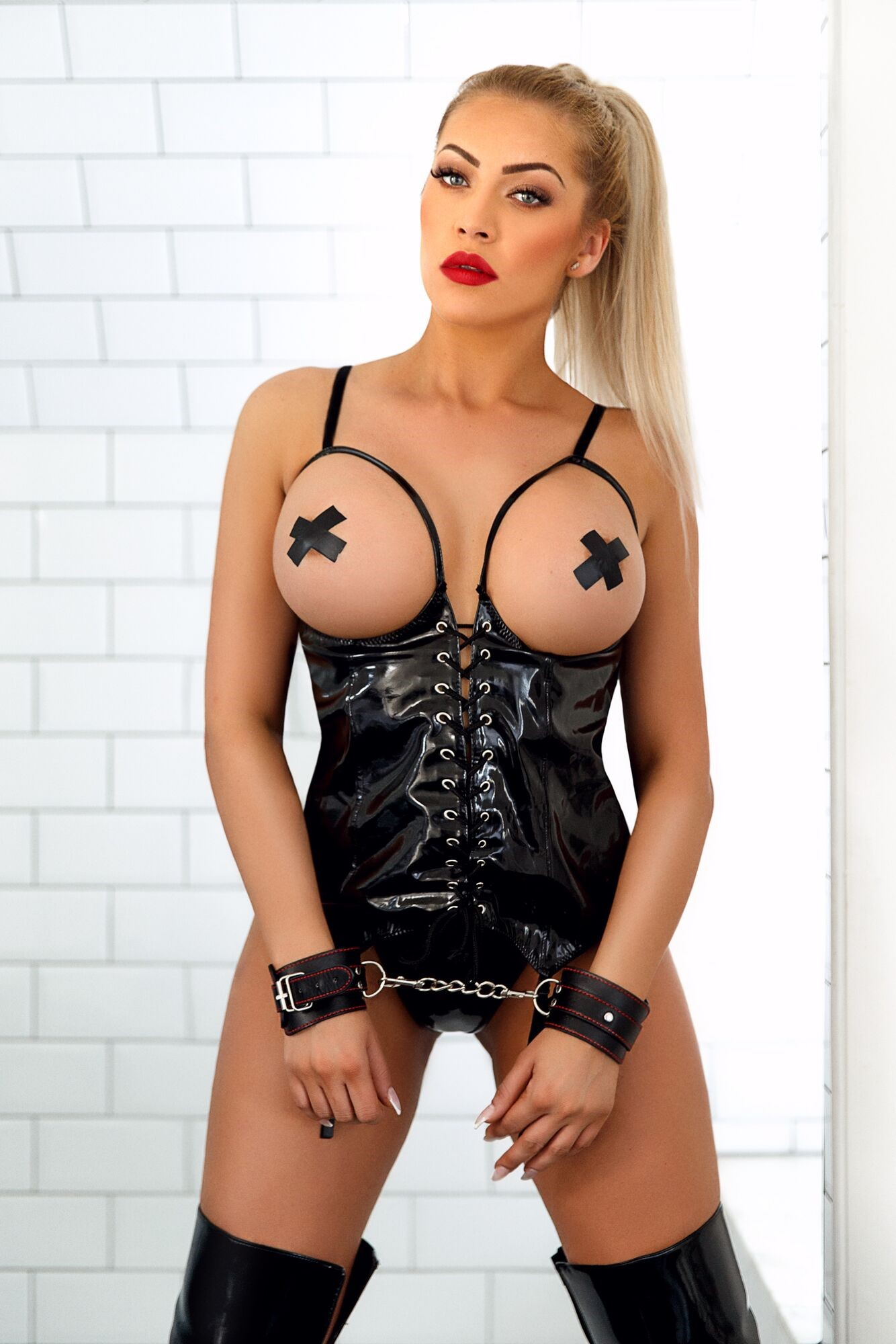 Denny 36D Stunning Marble Arch Escort in London