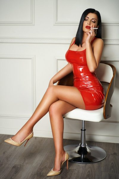 West Kensington London Escort Alondra