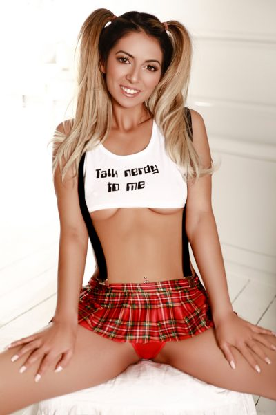 Slim Blonde Petite Paddington Escort Eliza